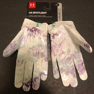 Under Armour Spotlight LMTD Edition Football Glove